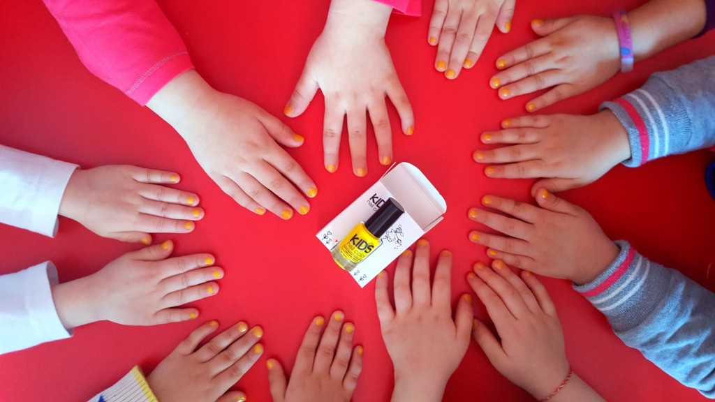kids-nails-enamel-melkior