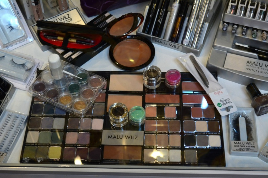 malu-wilz-makeupswan