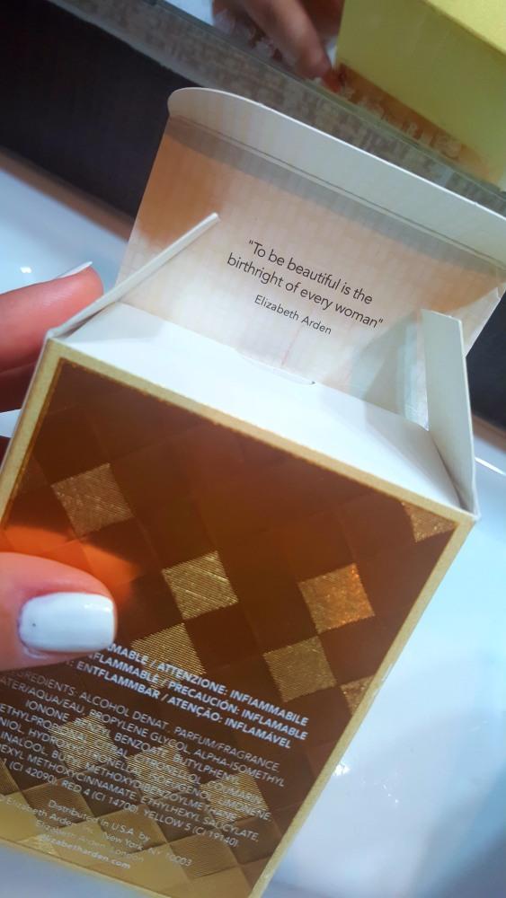 citat-elizabeth-arden-parfum-untold-absolu